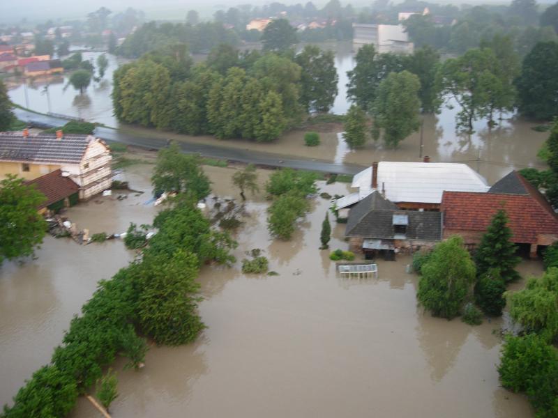 Letecké záběry zaplavených oblastí