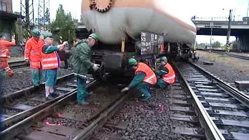 Vykolejený cisternový vůz
