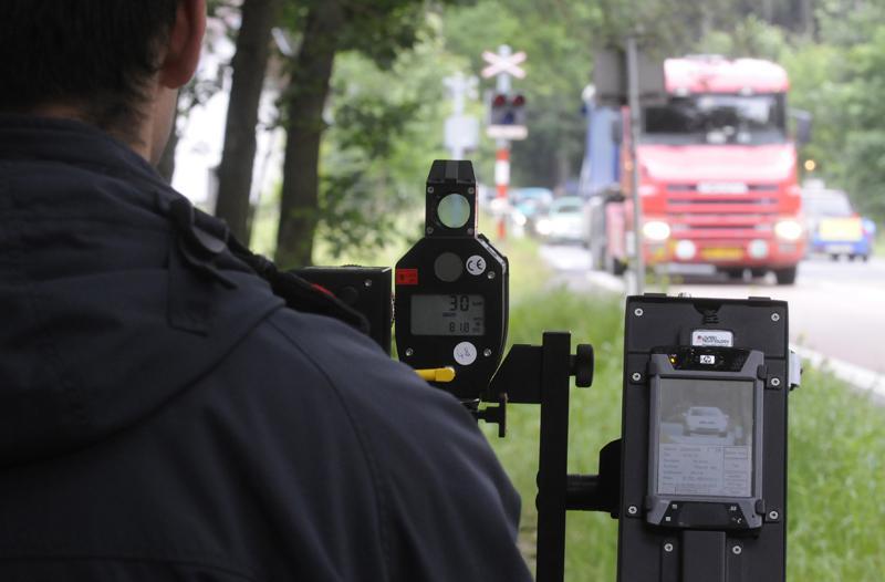 Policisté měřili rychlost
