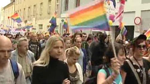 Pochod gayů a lesbiček v Táboře