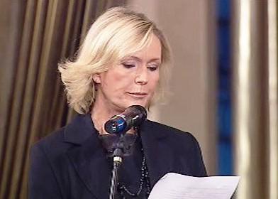 Helena Vondráčková na pohřbu