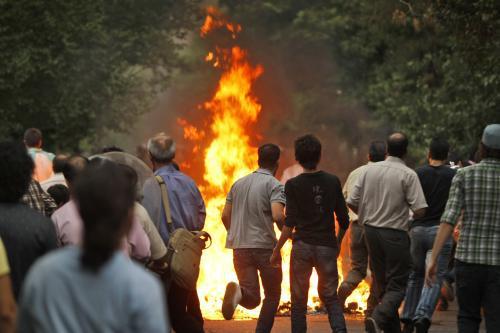 Střety stoupenců Músavího s policií