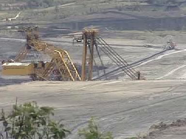 Povrchový důl na Sokolovsku