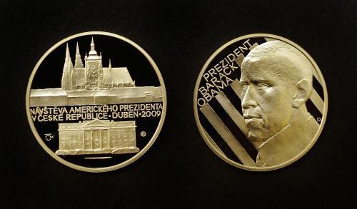 Pamětní medaile s Obamou