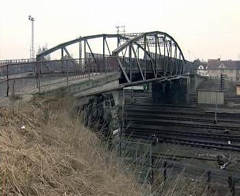 Most přes vlakové nádraží v Táboře