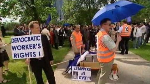 Stávkující zaměstnanci ECB
