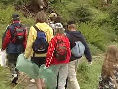 Žáci vyrážejí do Krkonoš sbírat odpadky