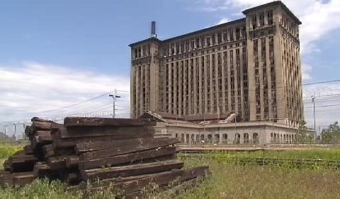 Bývalé hlavní nádraží v Detroitu