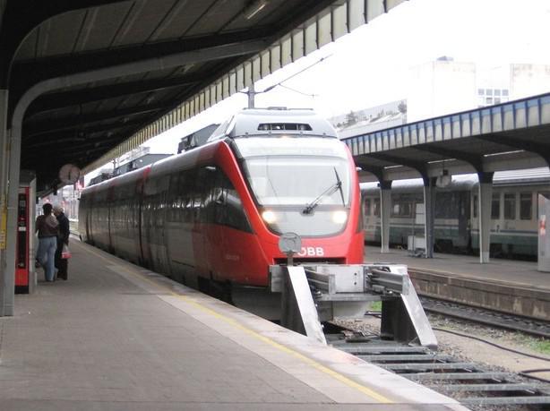 Vlak na vídeňském Jižním nádraží