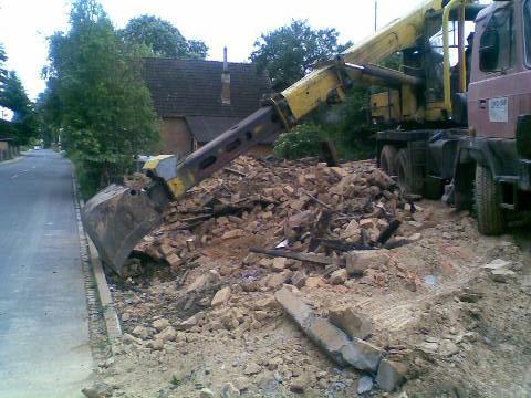 Demolice domu ve Vítkově