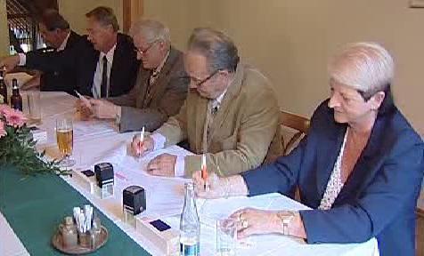 Podpis smluv s ČEZem