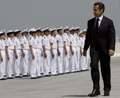 Nicolas Sarkozy a francouzští vojáci