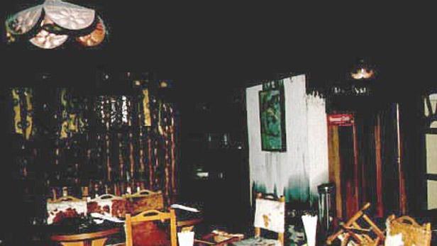 Ohořelá jídelna hotelu Olympik