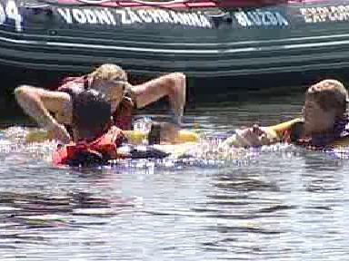 Záchranáři při cvičení na Orlíku