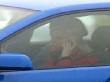 Telefonující řidička
