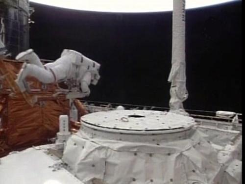 Oprava Hubbleova teleskopu
