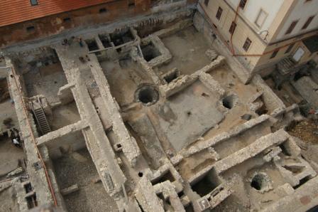 Archeologický průzkum na náměstí Republiky