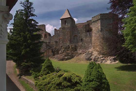Hrad a galerie v Klenové