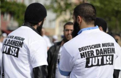 Němečtí muslimové tu jsou doma. Dobře!