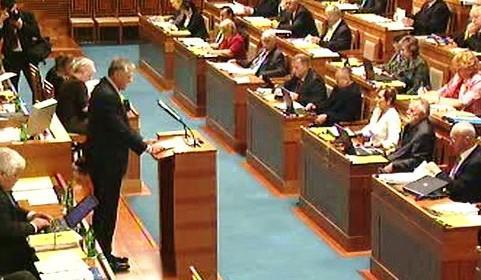 Senátoři projednávají Lisabonskou smlouvu