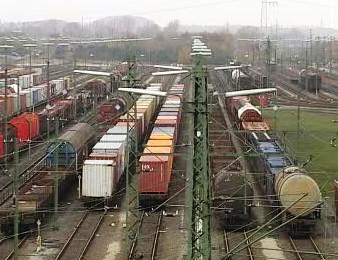 Nákladní vlaky