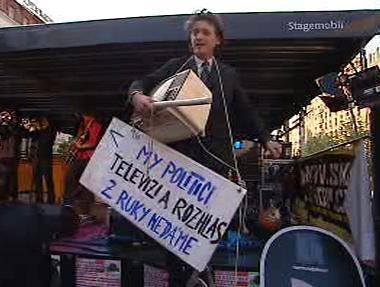 Demonstrace proti mediálním radám