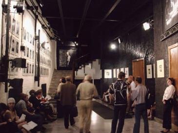 Divadlo na Tagance - foyér