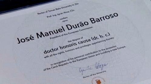 Čestný doktorát pro Barrosa