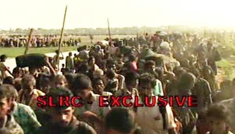Srílanští civilisté opouštějí bojovou zónu