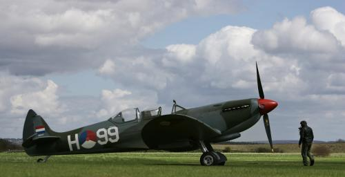 Supermarine Spitfire TR9