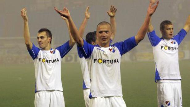 Hráči Baníku Ostrava slaví vítězství