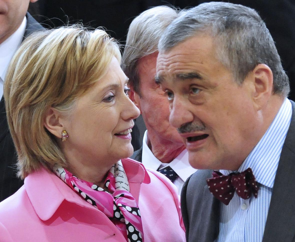 Clintonová, Schwarzenberg