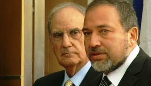 George Mitchell a Avigdor Lieberman