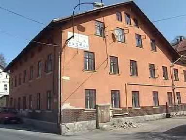 Nelegální ubytovna v Desné