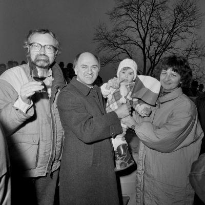 První česká rodina v roce 1989 překračuje hranice s Rakouskem
