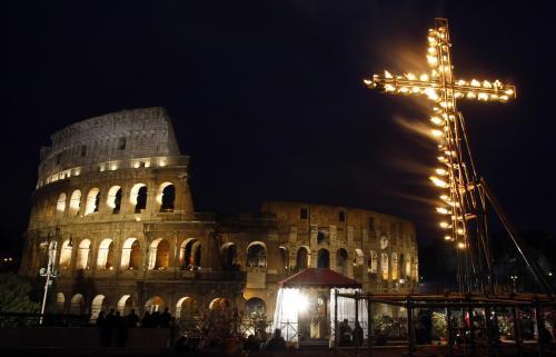 Oslavy Velkého pátku v Římě