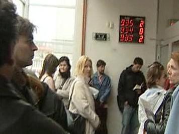 Čekání na úřadě