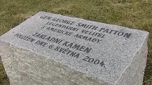 Základní kámen k pomníku generála Pattona