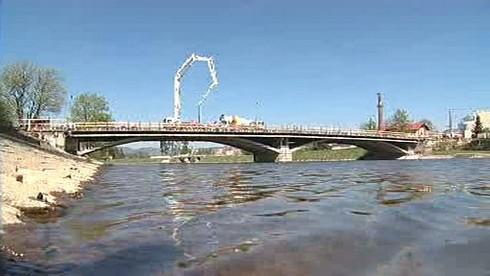Most v Hranicích