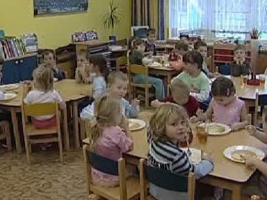 Oběd dětí v mateřské školce