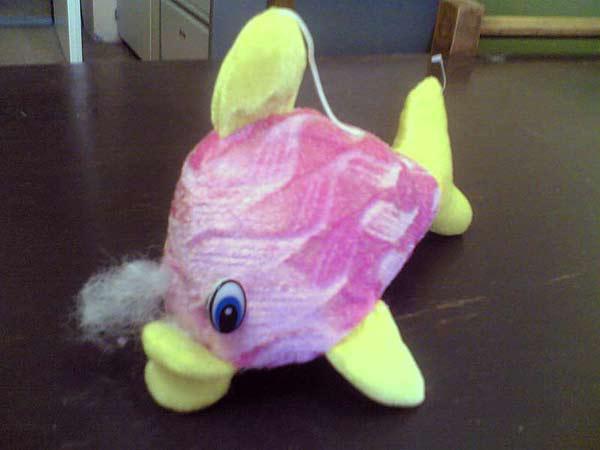 Nebezpečná plyšová ryba