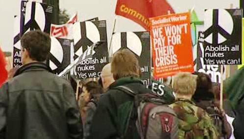 Londýnská demonstrace během summitu G20