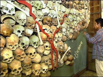 Lebky obětí Rudých Khmerů