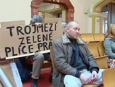 Odpůrci zastavěnosti oblasti Trojmezí