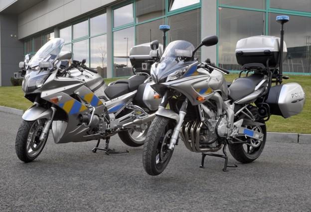Motocykly Yamaha FZ6SA a FJR1300A