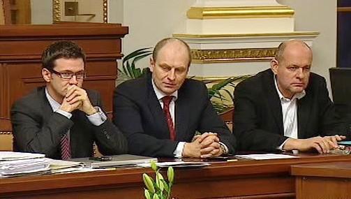 Ministři Liška, Gandalovič a Jehlička