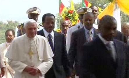 Papež Benedikt XVI. na africké cestě