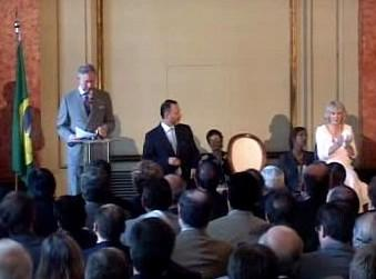 Princ Charles v Riu varoval před ekologickou katastrofou