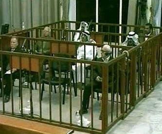 Sedm iráckých politiků před soudem