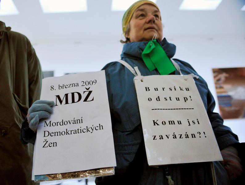 Protest proti Martinu Bursíkovi